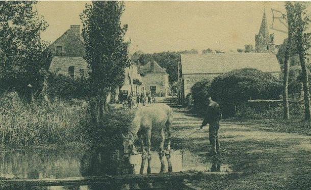 Abreuvoir au début du 19ème siècle à Chedigny, Indre et Loire