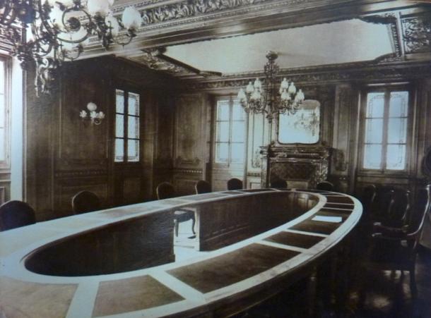 salle du conseil municipal, disparue en 1970 lors de la démolition du bâtiment originel