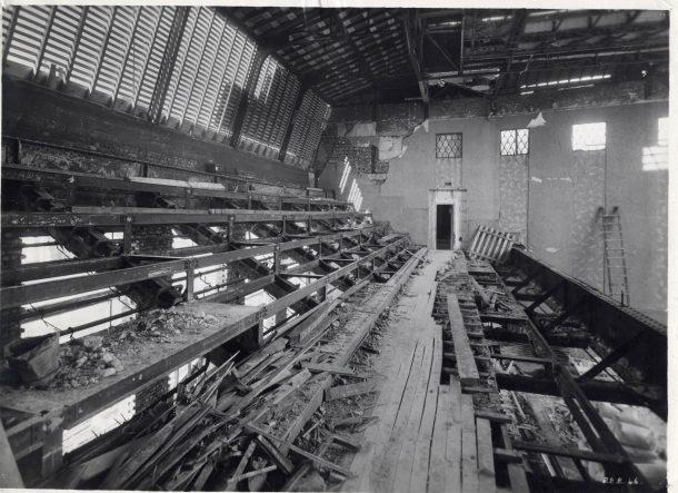 1944 - intérieur de la salle des fêtes