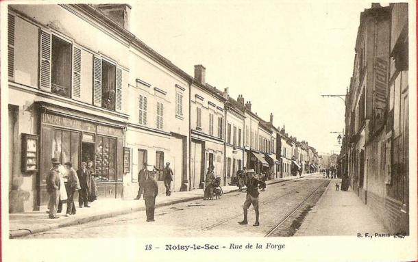 n°52 Lingerie rue de la forge